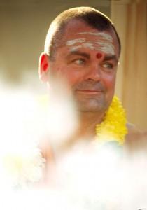 Swami Chetanananda at Havan
